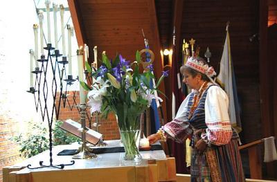 Leedu mälestusküünal - pics/2009/06/24145_18_t.jpg