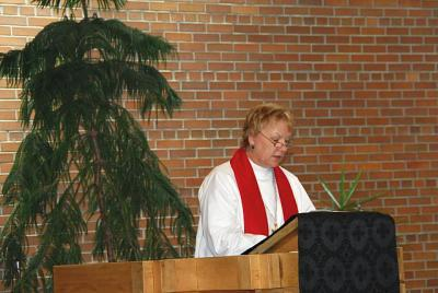 Rev Ilze Kuplena - Ewart, Läti järelehüüe - pics/2009/06/24145_20_t.jpg