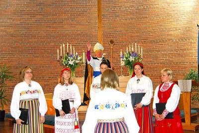 E.E.L.K. Peapiiskop Andres Taul. Õnnistus - pics/2009/06/24145_24_t.jpg