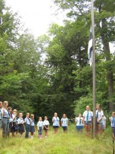 Põhjala Tütred lipu heiskamisel. Foto: K. Mirka - pics/2009/08/25017_2_t.jpg