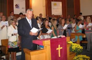 Ühiskoor kontsert-jumalateenistusel.   Foto: S. Teekel    - pics/2009/08/25018_6_t.jpg