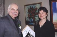 EKKT uus liige ja tänavuse preemia pälvinu Laine Raudsepp koos oma isa Andres Raudsepaga.  Foto: I. Lillevars - pics/2009/10/25451_2_t.jpg