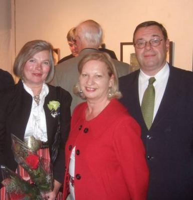 Ülle Baum koos Kanada Austria suursaadiku Werner Brandstetter'i ja tema abikaasa, proua Leonie Maria Brandstetter'iga. Foto: Doug Baum - pics/2009/10/25544_3_t.jpg