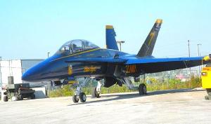 "U.S. Navy ""Blue Angel"" F-18 at rest before taking wing at the CNE Air Show.  Photo: Adu Raudkivi - pics/2009/10/25614_1_t.jpg"