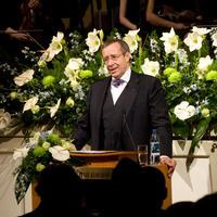 President Toomas Hendrik Ilves Eesti Kongressi kogunemise 20. aastapäeval kõnet pidamas. foto: Mihkel Maripuu  - pics/2010/03/27491_2.jpg