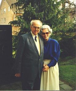 Toomas Põld abikaasa Margaretega oma kodus. Foto aastast 1987.   - pics/2010/03/27642_1_t.jpg