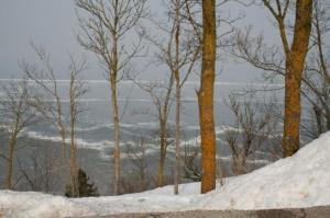 27. märts: Jäävangis Läänemeri Ontika paekaldapealselt Ida-Virumaal, Valastel. - pics/2010/04/27740_5_t.jpg