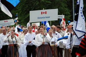Estonia Choir in Song Festival parade in Tallinn, 2009  - pics/2010/05/28195_1_t.jpg