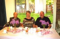 Vas. Paul Rabisson, Rosemarie Lindau ja Urmas Migur. Foto: Helju Salumets   - pics/2010/05/28305_2_t.jpg
