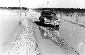 Vanad head ajad Eesti teedel 1960-ndatel aastatel. Foto: Henno Sibul - pics/2010/06/28513_1_t.jpg