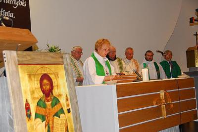 Rev. Ilze Kuplens - Ewart - pics/2010/06/28623_13_t.jpg