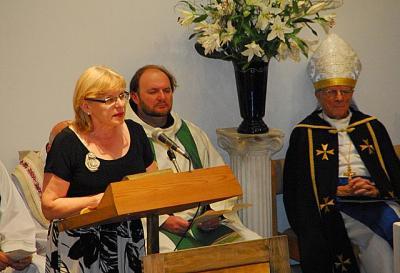 Lithuanian Canadian Community President Joana Kuras - Lasy - pics/2010/06/28623_4_t.jpg