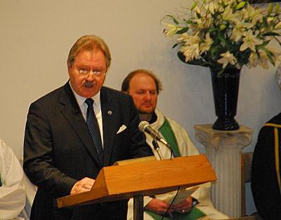 President of The Estonian Central Council in Canada Avo Kittask - pics/2010/06/28623_5_t.jpg