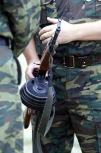 Relvadega pidulised Eestis? - pics/2010/08/29203_1_t.jpg