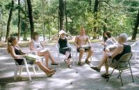 Referaaditund kajakatele Lakewoodi laagriväljakul. Suvise kuumuse tõttu kanti vaba riietust. - pics/2010/08/29330_2_t.jpg