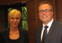 Dr Iivi-Anna Masso ja Marcus Kolga.  Foto: E. Purje     - pics/2010/08/29417_1_t.jpg