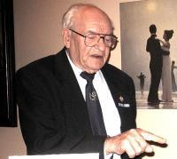 Evald Oder mineviku radu tallamas. Foto: E. Purje - pics/2010/11/30262_1_t.jpg