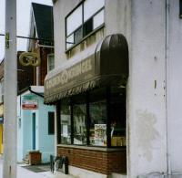 Golden Kringel. Broadview Avenue'l 2.11.2002. Foto: H. Oja  - pics/2010/11/30420_2_t.jpg
