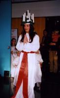Lucia tuleb valgust tooma.   - pics/2010/11/30422_1_t.jpg