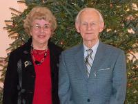 Sünnipäeva pühitsejad Tiina Mägi ja Johannes Vihma. Foto: Y. M. Saar - pics/2010/12/30738_1_t.jpg