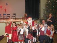 TES Lasteaia 3. klass koos jõuluvanaga. Foto:  M. Kiik   - pics/2010/12/30750_3_t.jpg