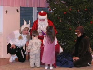 Jõulupidu Sõmerpalu lasteaias. Foto: Viido Polikarpus  - pics/2010/12/30820_1_t.jpg