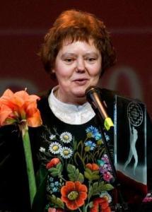 Kultuurkapitali rahvakultuuri aastapreemia sai Anu Korb Siberi eestlaste rahvapärimuse pikaajalise kogumise ja uurimise eest. - pics/2011/02/31244_4_t.jpg