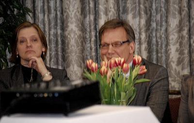 Panga Nõukogu esimees Lea Kõiv ja tegvjuht Tarmo Lõbu - pics/2011/03/31851_7_t.jpg