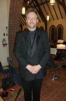Norman Reintamm 12. märtsil toimunud CBSO tulukontserdi vaheajal  St Timothy's anglikaani kirikus.  - pics/2011/04/32068_1_t.jpg
