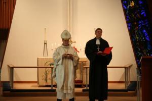 Peapiiskop Põder ja kantsler Viilma. Foto: Arho Tuhkru - pics/2011/05/32353_1_t.jpg