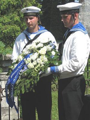 Eesti Vabariigi Presidendi pärg Johannes Loosbergile - pics/2011/07/32772_5_t.jpg