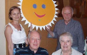 Piret Noorhani, Elmar Tampõld, Suit ja Jane Olvet. Foto: V. Tõu  - pics/2011/08/33212_2_t.jpg