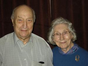Sünnipäevalapsed Paul Rabisson ja Irene Loosberg. Foto: Y.-M. Saar  - pics/2011/08/33279_1_t.jpg