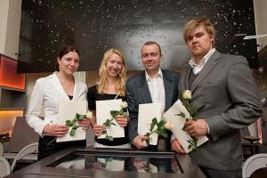 Pildil on vasakult Katrin Humal, Jaanika Lill, Oliver Lukason ja Mart Reinson.  - pics/2011/08/33282_1_t.jpg