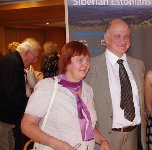 Dr Anu Korb ja dr Raimo Raag pärast ametliku kava lõppu Tartu College'is 17. septembril.  - pics/2011/10/33817_1_t.jpg