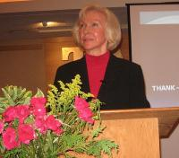 Karin Vagiste kõnelemas. Foto: E. Purje  - pics/2011/11/34017_1_t.jpg