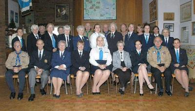 ESMK ja EGMK 2011. aastakoosolekutest osavõtjad Eesti Maja noorte ruumis. Uus ESGMK juhatus sai valitud samal ühiskoosolekul (vt artiklit). Foto: skm. Enno Agur  - pics/2012/02/35048_001_t.jpg