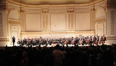 F:http://www.snuo.blogspot.com/  Tõnu Kaljuste ja Rootsi Rahvuslik Noorteorkester New Yorgis Carnegie Hall'is 26. jaanuaril 2012.  - pics/2012/02/35113_001_t.jpg