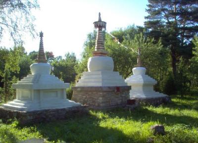 The first Stupas in Northern Europe, built by V.Väärtnõu in 1984 - pics/2012/02/35205_006_t.jpg