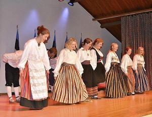 Eeskavalises osas esines TERR Kungla. Foto: Peeter Põldre  - pics/2012/03/35441_001_t.jpg