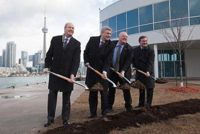 TORONTO   - Prime Minister Stephen Harper is joined by Mark McQueen, Chairman of the Toronto Port Authority, Rob Ford, Mayor of Toronto, and Jim Flaherty, Minister of Finance, as he launches the construction of a pedestrian tunnel between Billy Bishop Toronto City Airport and downtown Toronto .  PMO photo by Jason Ransom  - pics/2012/03/35552_002_t.jpg