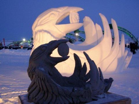 """Lumevoolijate asendamatuks abiks on makett. Yukoni võistkonna """"Kaaren varastab kuu"""" sai alguse plastiliinist. Teos võitis Quebecis 2008. a. Kanada meistrivõistlustel esikoha. - pics/2012/04/35950_026_t.jpg"""