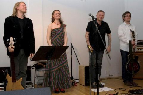 Henno Kelp, Triinu Taul, Roland Puusepp, Peeter Rebane. - pics/2012/04/36002_007_t.jpg