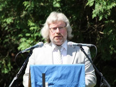 Aktuse peakõneleja Lauri Vahtre - pics/2012/07/36869_023_t.jpg
