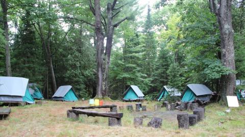 Vaade Hellakeste laagriplatsile - pics/2012/08/37184_002_t.jpg