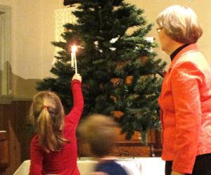 - pics/2012/12/38112_001_t.jpg