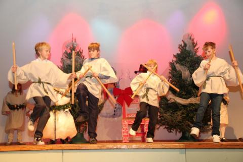 """Emakeele 3. ja 4. klass - """"Jõuluvana oodates"""" - pics/2012/12/38153_007_t.jpg"""