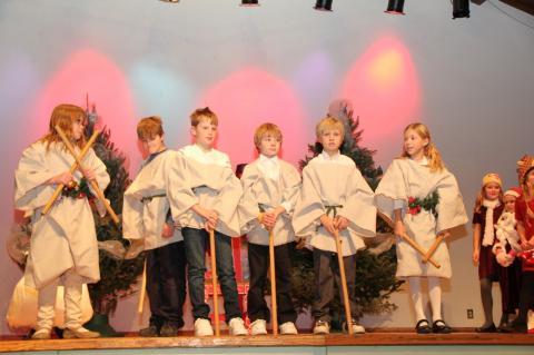 """Emakeele 3. ja 4. klass - """"Jõuluvana oodates"""" - pics/2012/12/38153_008_t.jpg"""