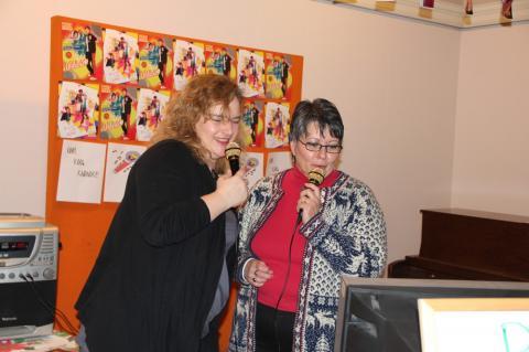 Täienduskooli karaoke - pics/2012/12/38190_005_t.jpg