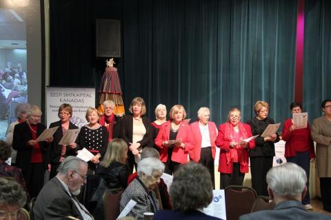 Estonia koor vedas kooslaulmist - pics/2012/12/38190_010_t.jpg